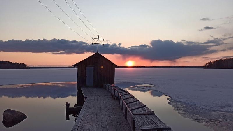 Закат над замёрзшим озером I Time Lapse
