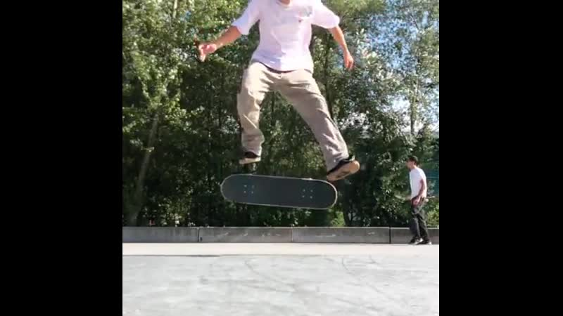 Jhonny Giger quick sw late heel to rail