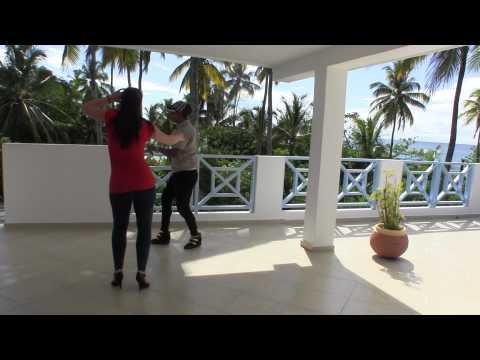 Yeri La Ley and Dasha Elizarova dancing dominican bachata