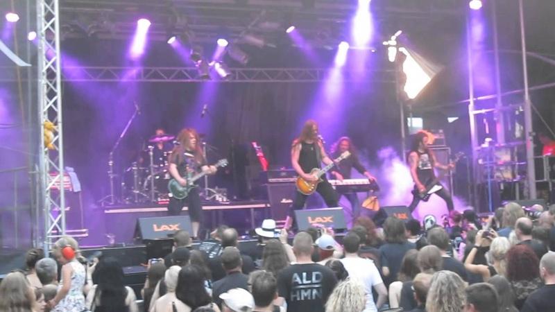 Poisonblack - Nothing Else Remains *live* @ Castle Rock Festival, Mülheim an der Ruhr, 03.07.2015