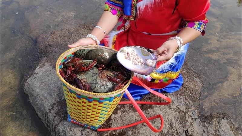 珍珠,开蚌,砸开巨大淡水河蚌找到50多颗珍珠,还有一颗大妖紫