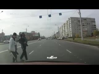Как переходят дорогу в Омске