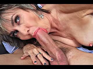 ПОРНО -- ЕЙ 58 -- ПАРЕНЬ НЕ ЗНАЛ ЧТО ОНА ТАКАЯ СТАРАЯ КОГДА ТРАХАЛ ЕЁ -- porn mature sex gilf granny --   Lillian Tesh