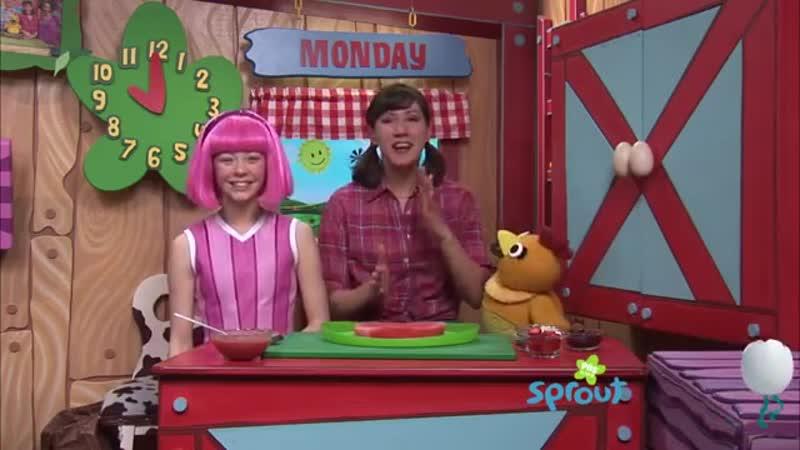 Стефани, Келли, и Чика делают спортивную пиццу на Sunny Side Up Show