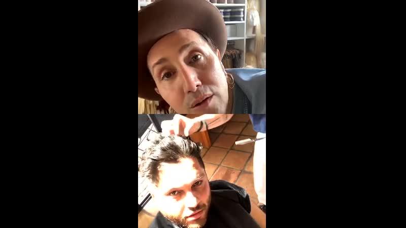 Kristen Stewart CJ and @hairbyadir insta live hair tutorial