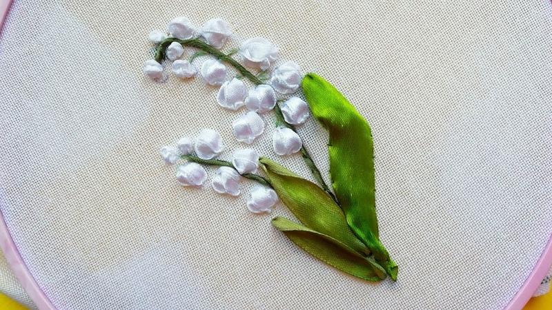 Silk ribbon lirios del valle Вышивка Ландыши