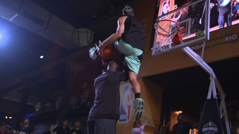 NBA Legends' CRAZY Reactions to 6'1 Dunker