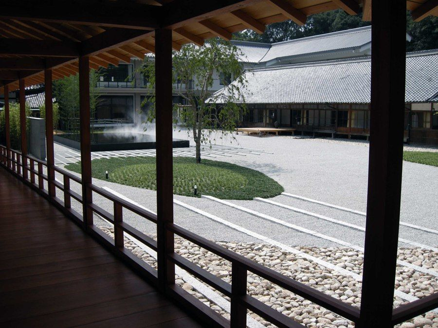 Eight positive things-Hing Temple