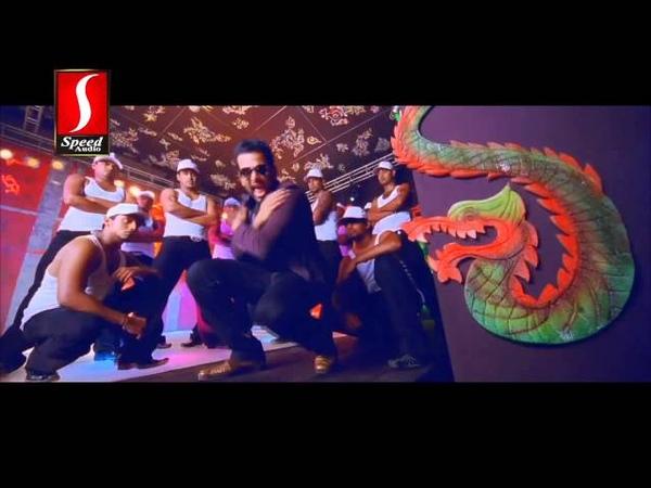 Chenthengin Ponnilaneer.... Song From Malayalam Movie - Pokkiri Raja [HD]