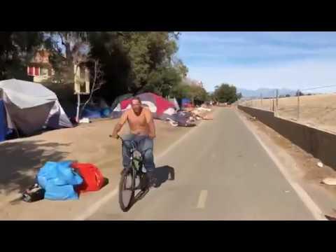 Шокирующее видео. Города бомжей вдоль дорог Калифорнии