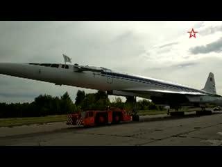 Вторая жизнь Ту-144 выкатили на улицы для отправки в подмосковный Жуковский