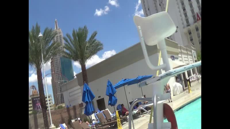 Лас Вегас (33) Бассейн нашего отеля