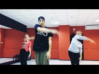 Hip-Hop рутинка / Step up dance school