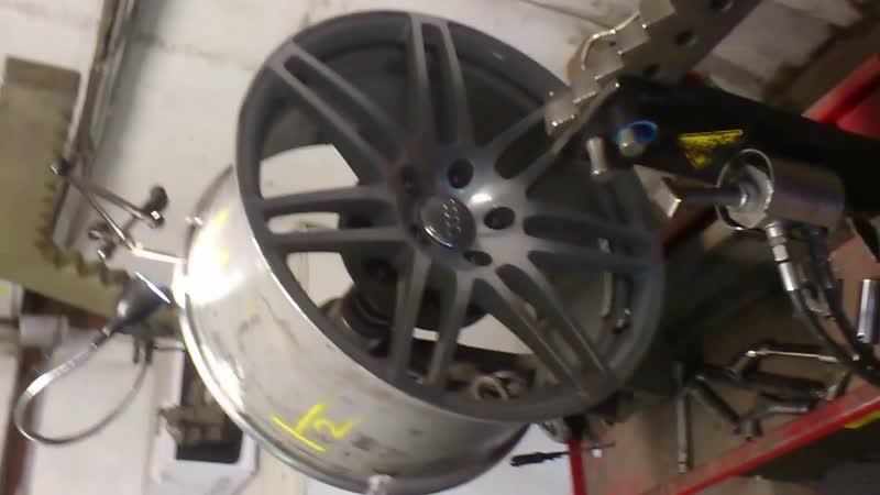 Правка и аргонная сварка алюминиевого литого диска 5 пяти швов диаметр диска R21