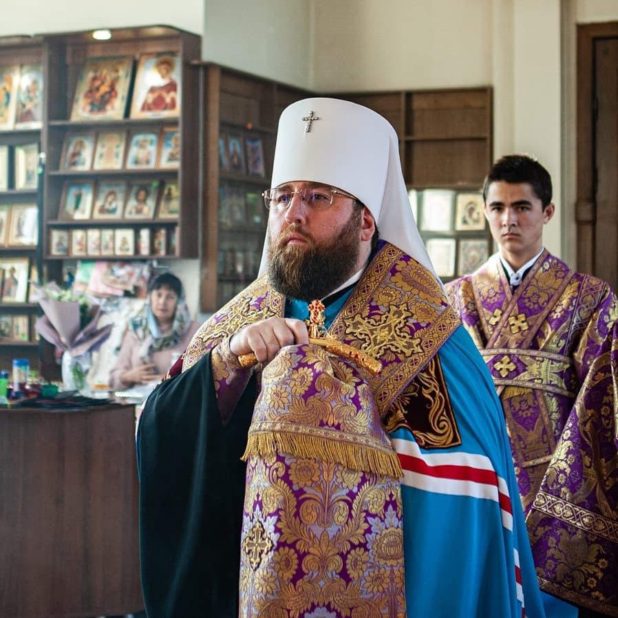 Митрополит Саратовский и Вольский ИГНАТИЙ совершит богослужение в Покровском храме Петровска