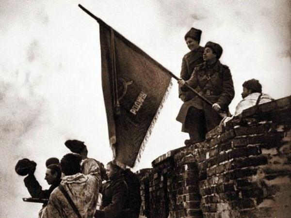 Сегодня отмечается памятная дата в истории Великой Отечественной войны 1941-1945 годов — День освобождения Великого Новгорода от немецко-фашистских захватчиков