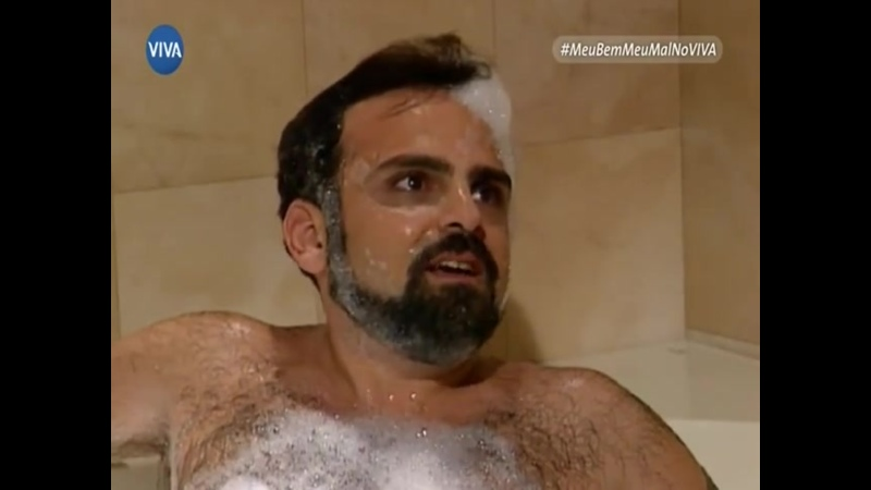 Порфирио разговаривает с бассейном Моя любовь моя печаль