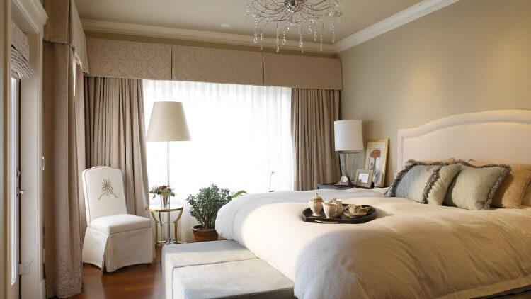 О выборе материалов для отделки стен в спальне, изображение №3