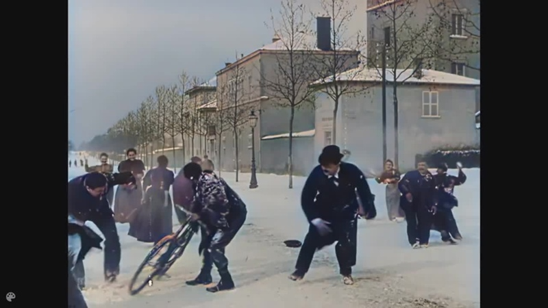 Nineteenth century videos Back to life 4K upscaled 50fps AI colorized Snow battle Lumiere brothers 1897