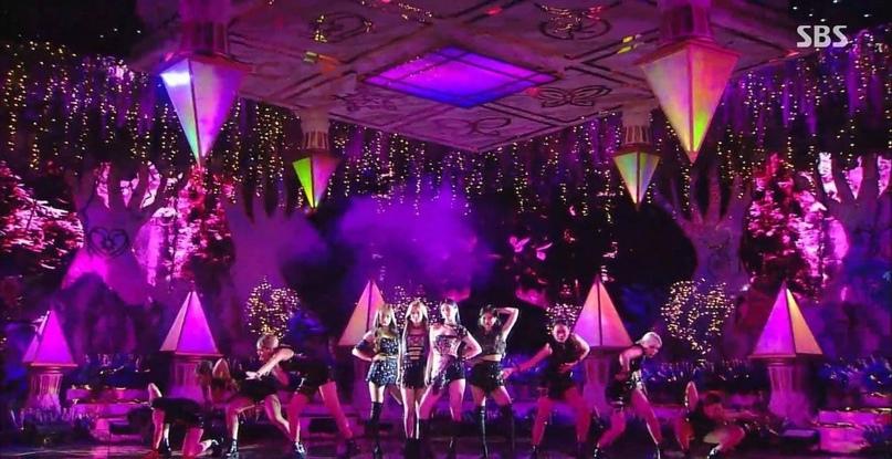 Кажется, SM потратили много денег на выступление Aespa на Inkigayo
