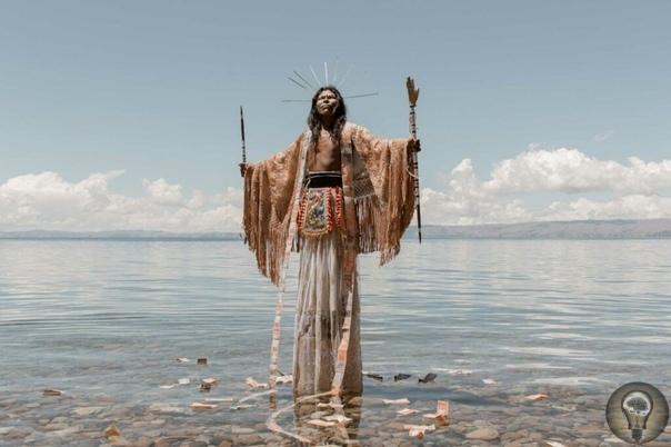 Warawar Wawa: «Маленький принц» по-боливийски в антиколониальном пересказе. Ч.-1 23-летний визуальный художник из Боливии River Claure адаптировал «Маленького принца» Антуана де Сент-Экзюпери на