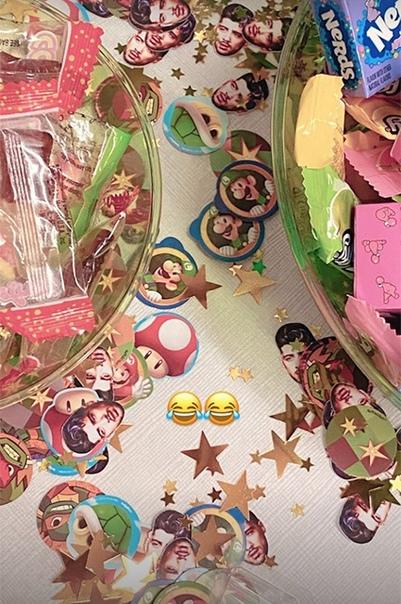 Джиджи Хадид устроила вечеринку в честь 28-летия Зейна Малика