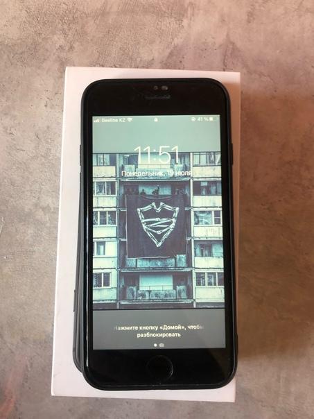 Apple iPhone SE (2020) 64 ГБ
