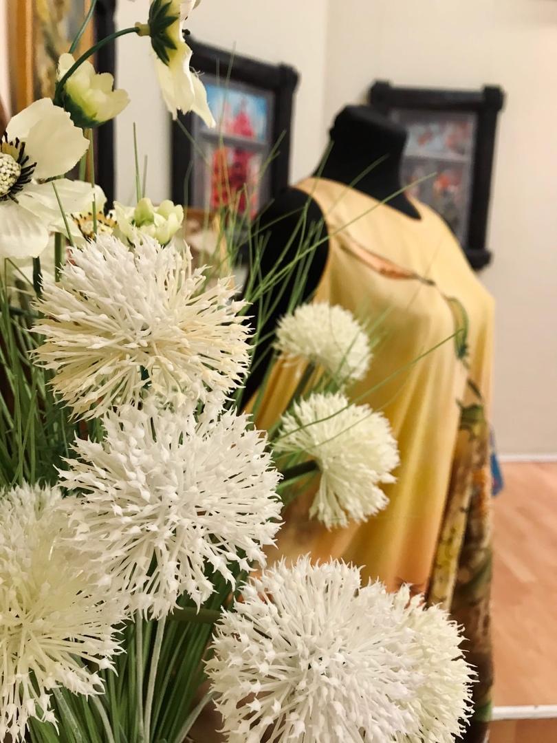 В Твери откроется выставка художественного текстиля Романа Захарова
