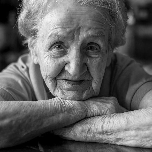 🌿 Мальчик жалуется бабушке на свою плохую жизнь: на проблемы в школе, с родителя...
