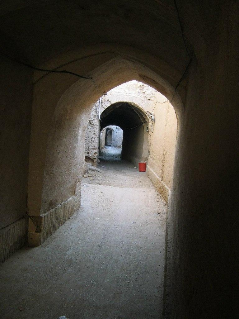 уличные туннели в Язд