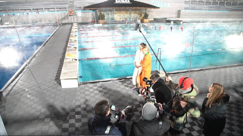 Съёмки модного шоу «Перезагрузка» прошли в бассейне под открытым небом «Чайка»