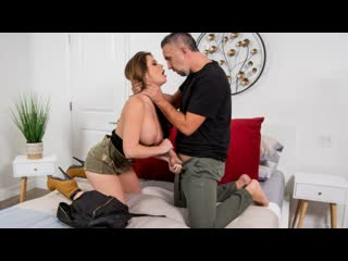 Brazzers - Hard Cock For A Hot Thief / Emily Addison