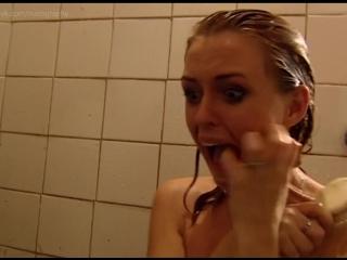 Обнаженная Оксана Полевикова В Бане – Бандитский Петербург 3: Крах Антибиотика (2001)