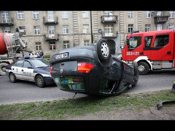 Wypadki samochodowe MASAKRA 25 w 10 minut