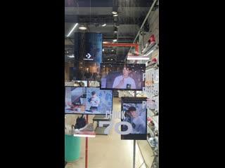 200809 Yixing x Converse ads in Seoul