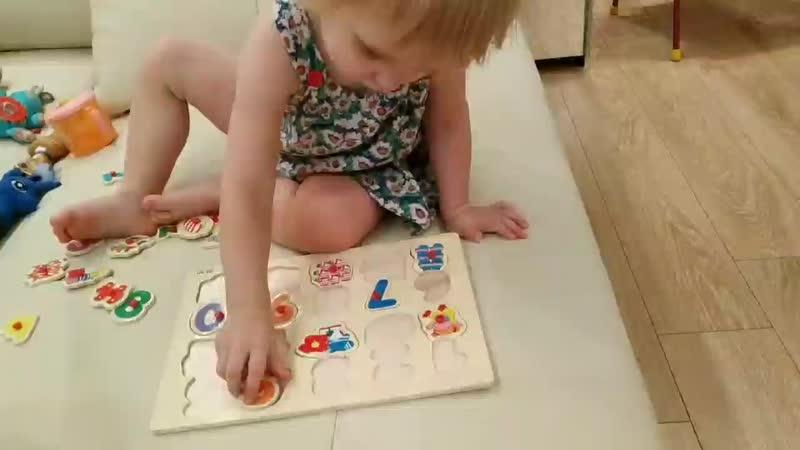 Одна из новых игрушек учимся её собирать разные эмоции но схватываем всё на лету