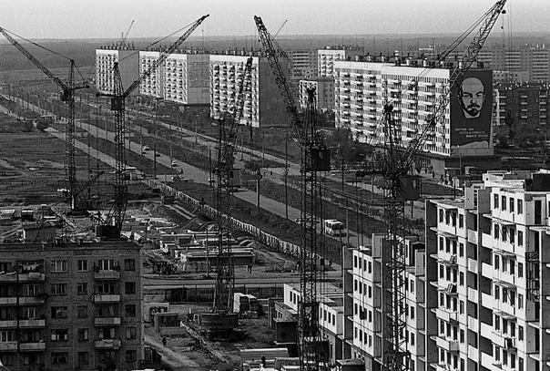 Строительство брежневок. Челябинск