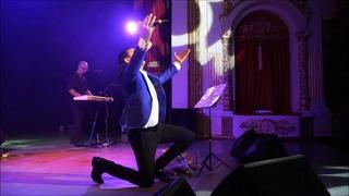 ПОД ЭТУ ПЕСНЮ  АПЛОДИРУЮТ СТОЯ В КАЖДОМ ГОРОДЕ РОССИИ!ПОСВЯЩАЕТСЯ  ДНЮ ВЕЛИКОЙ ПОБЕДЫ! СЛУШАЙТЕ ВСЕ!
