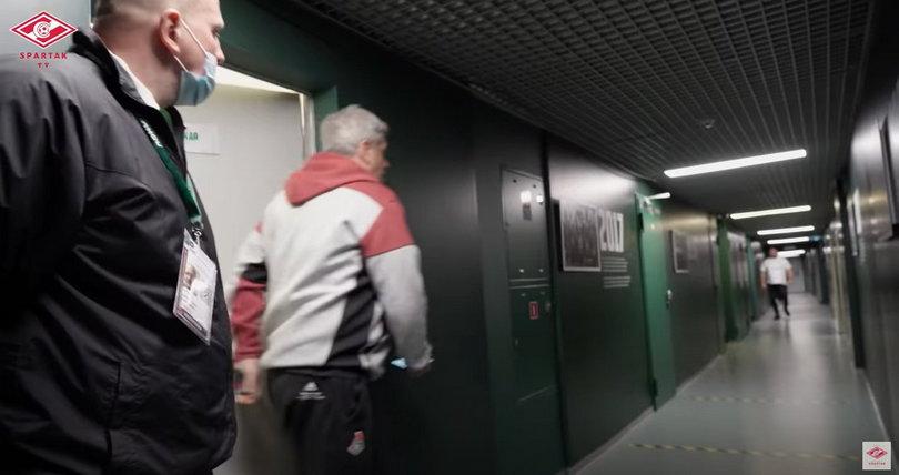 КДК РФС наказал «Локомотив» матчем на нейтральном поле из-за входа Сухины в судейскую