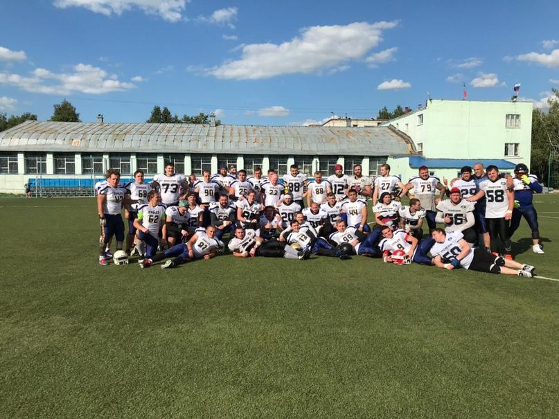 команда мужского американского футбола
